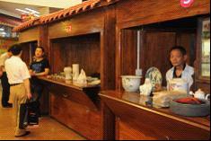 探访重庆收藏品交易市场 三足鼎立格局如何市场定位?