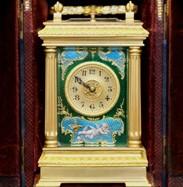 西洋古董钟表收藏 几款经典皮套钟鉴赏