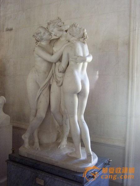 26岁的米开朗基罗载誉回到故乡佛罗伦萨,便立即从事《大卫》雕像的