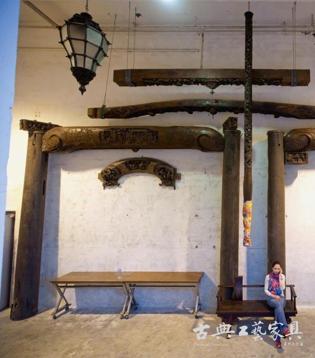 拆下的木头要全部洗干净,消毒,维修,保养.