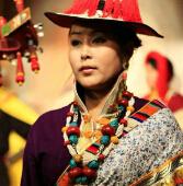 藏族土豪我们做朋友吧――康巴地区藏族首饰艺术