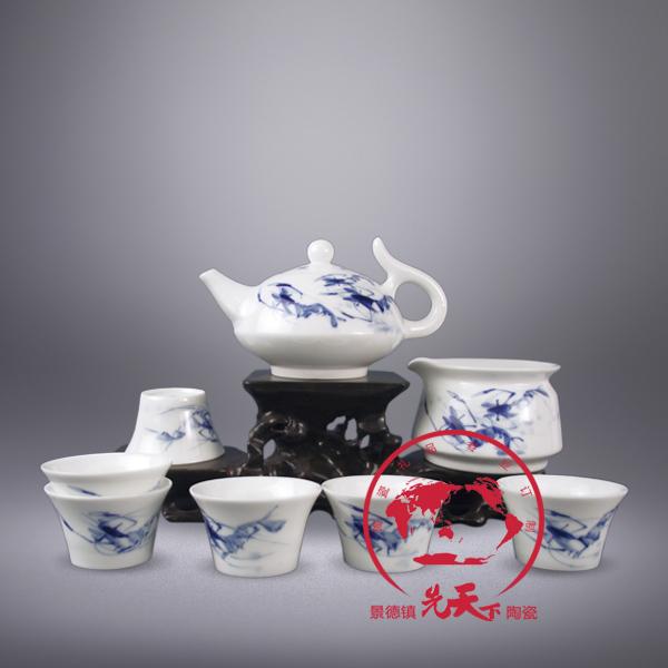 厂家直销景德镇制手绘仿古青花瓷茶具图片