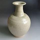 宋代青釉梅瓶
