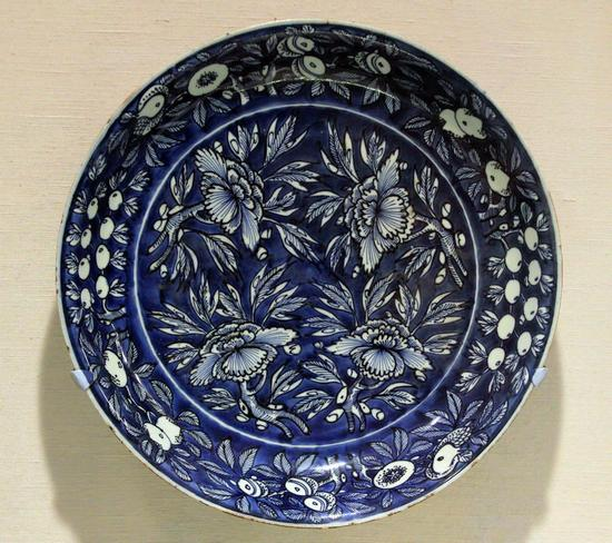 大都会艺术博物馆将售501件瓷器 中国古董热已消退
