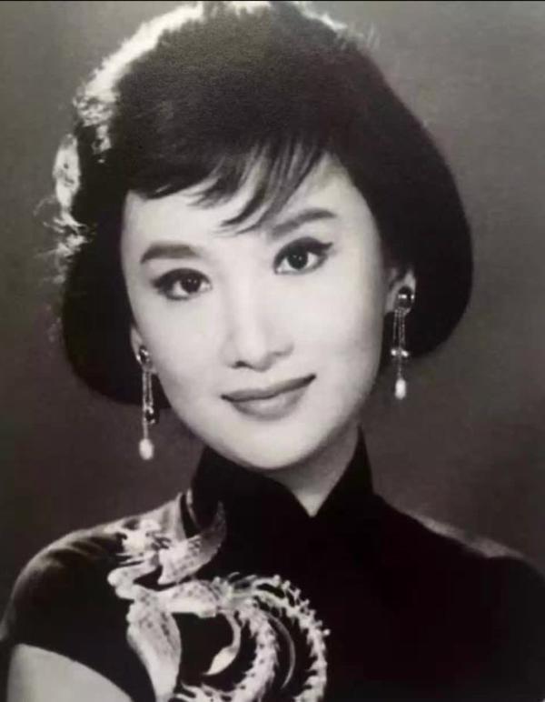 金庸梦中情人 香港老牌影星夏梦去世 享年84岁