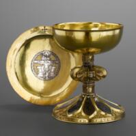 从上帝的仆人到王室的座上宾:中世纪西欧的金匠和黄金制品