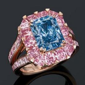 3.98克拉蓝钻戒指将香港拍卖 估最高8500万港元