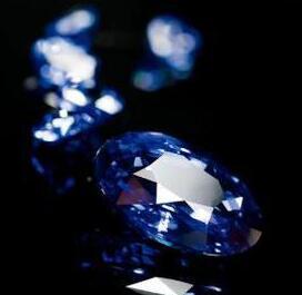 超凡脱俗的蓝宝石