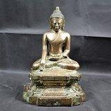 10 12世纪铜鎏金如来佛像