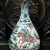 元代青花红绿彩人物故事纹八方玉壶春瓶