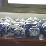 一批清代青花罐
